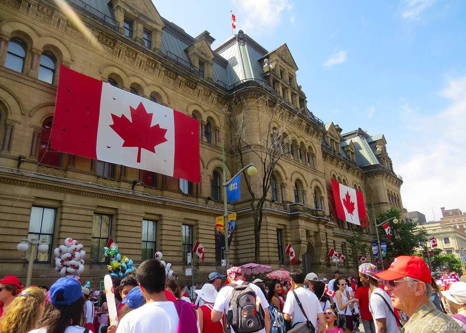 加拿大研究生留学申请条件及开销大全