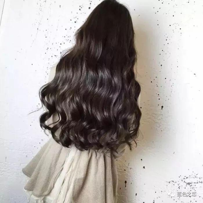 时尚 正文  大波浪也算是一种比较经典的卷发造型了.图片