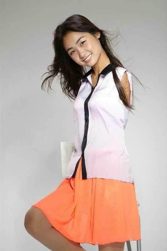 《中国梦想秀》节目中的主人公杨佩,一个自强自爱的无臂女孩,她用自己