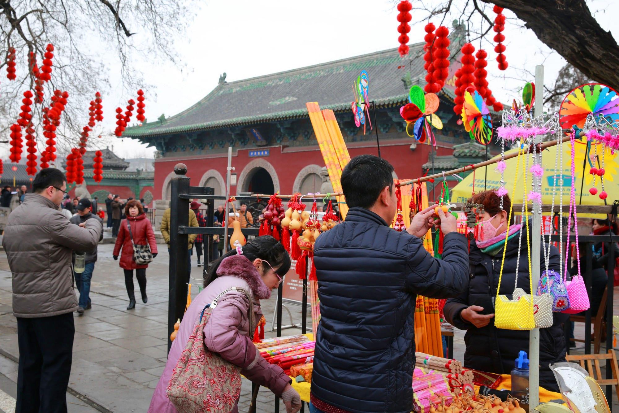 仅有50万人的佛系小城,曾与北京齐名,珍藏6大国家宝藏