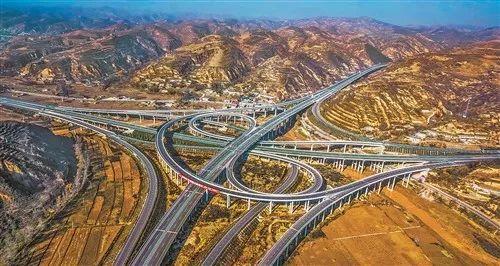 代理人政治与中国经济高速增长之谜