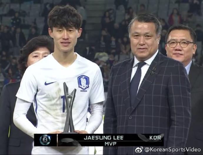 韩国成东亚杯大赢家李在