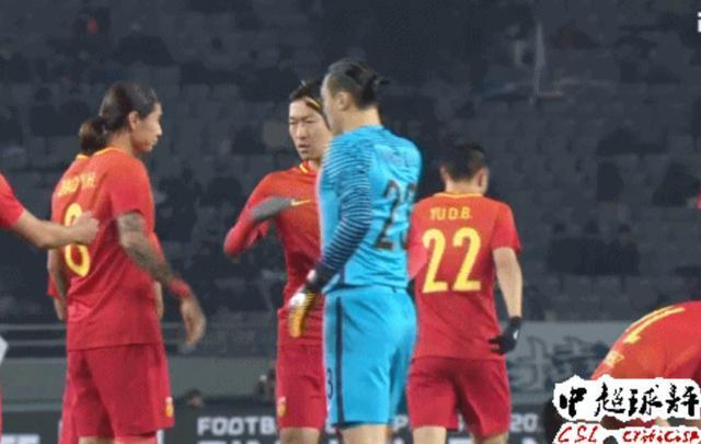 王大雷1大招堪称世界级:终于让里皮看到国门最强面!