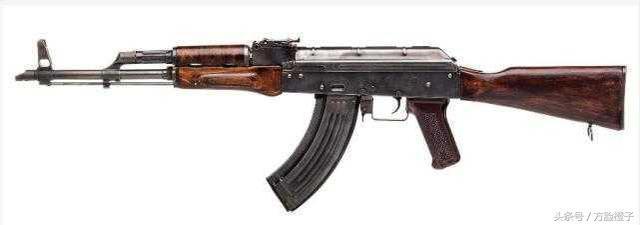 射粹.�9n��k��$�ykd_就像它的简单耐用一样,ak47的编号来历也很简单:所谓47是指这种步枪的