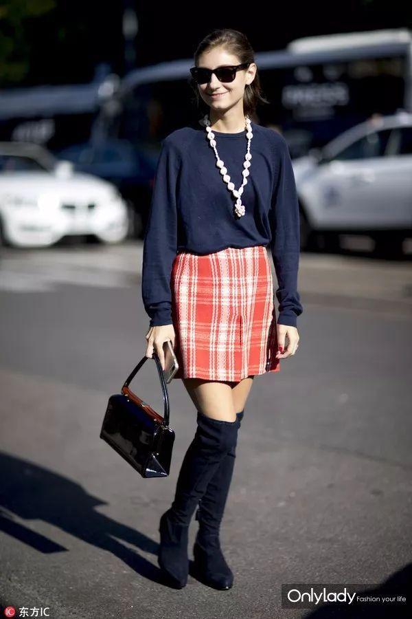 寒冷的冬天还在穿黑白灰?时髦小仙女带你秒变时装精!
