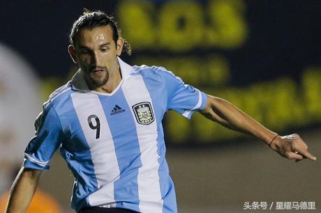 励志!前中超金靴33岁再封王 曾入阿根廷国家队