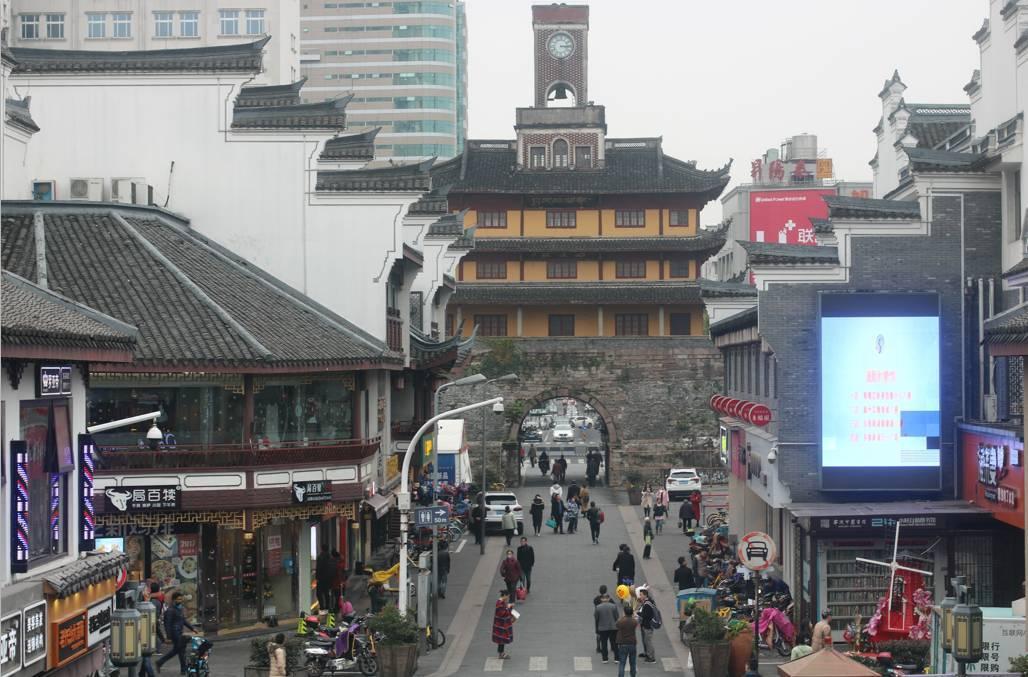 第一批90后已经不逛鼓楼了,这还是700万宁波人的鼓楼吗?