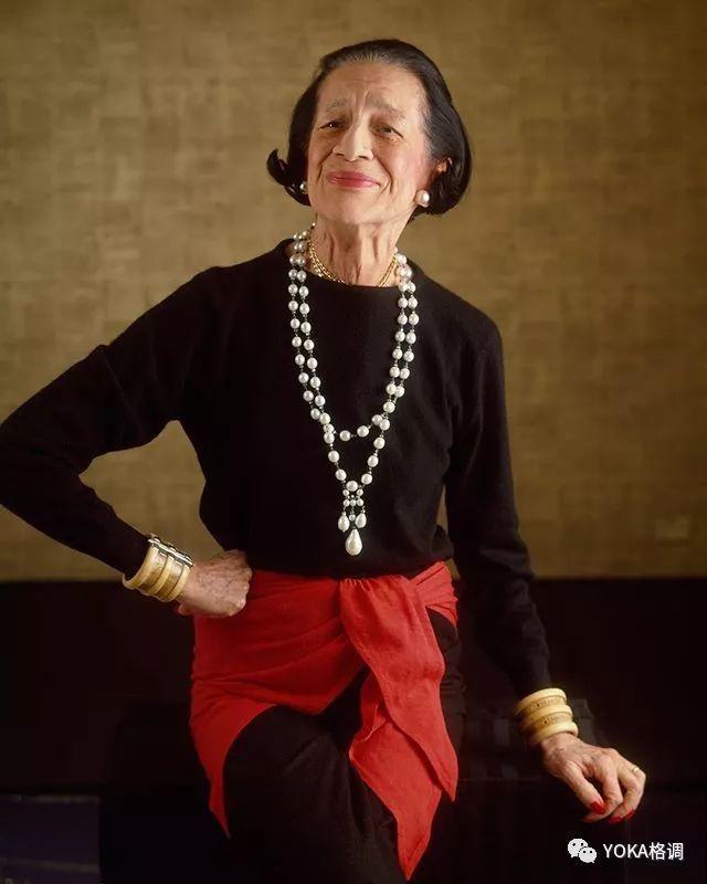 相貌平凡却成为最牛时尚编辑 她的珠宝品味领先了半个世纪   打开她的