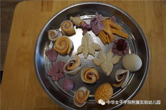中国人体艺术馒头鲍鱼b_馒头——这种碳水化合物在孩子们的手中变成了一种艺术品,并向他们
