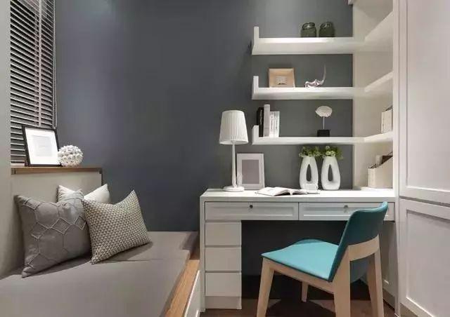 写字台还是我们生活中比较常见的,柜子也是我们房间的必需品.图片
