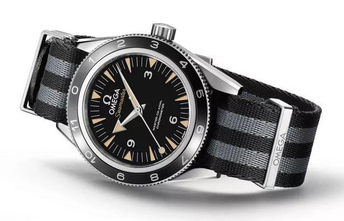 """一个是欧米茄007""""指挥官"""",即海马300米潜水表""""指挥官""""限量版.图片"""