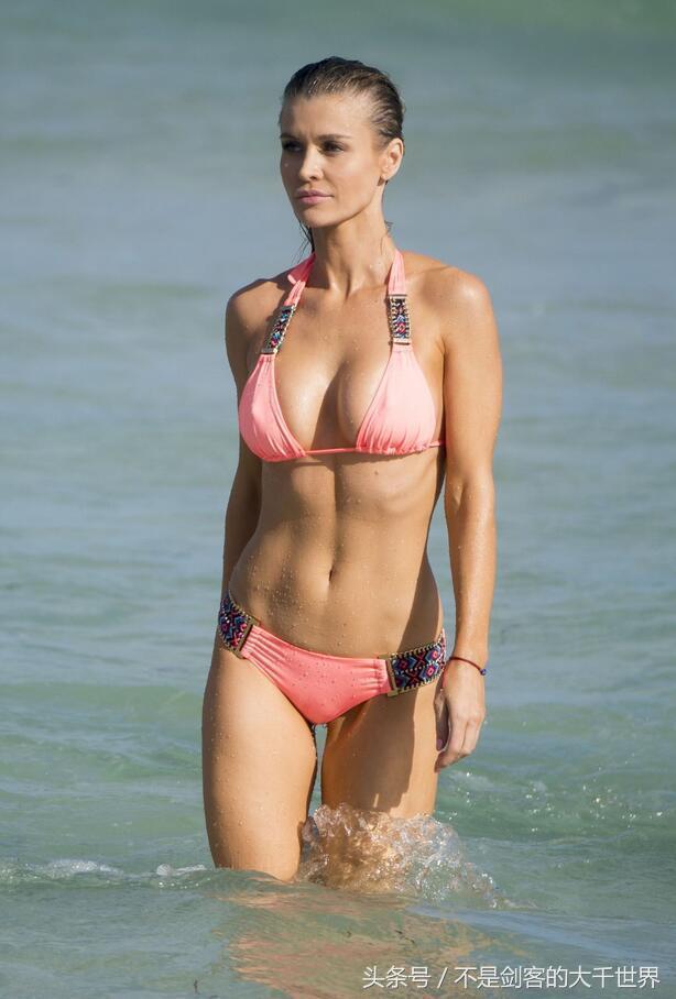 波兰名模乔安娜・克鲁帕(Joanna Krupa)老公是谁大尺度照片流出