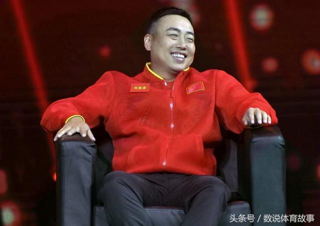 蔡振华成国乒幕后英雄!纠正教练失误挽救樊振东,刘国梁放心离开