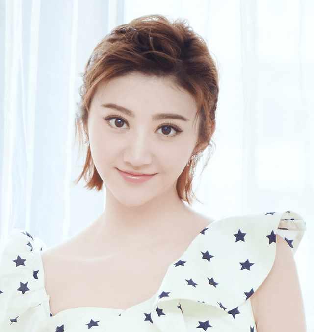 刘诗诗,景甜剪短发上瘾, 怎么就没人跟女明星们说短发