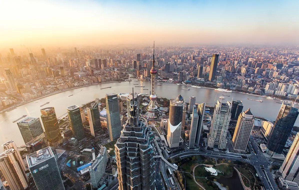 读数观市楼市调控措施持续发力,中国2018年房价料温和降温