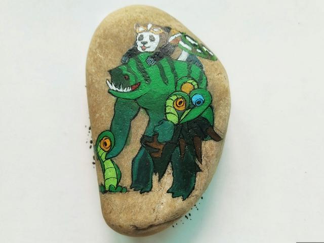 游戏人物石头画