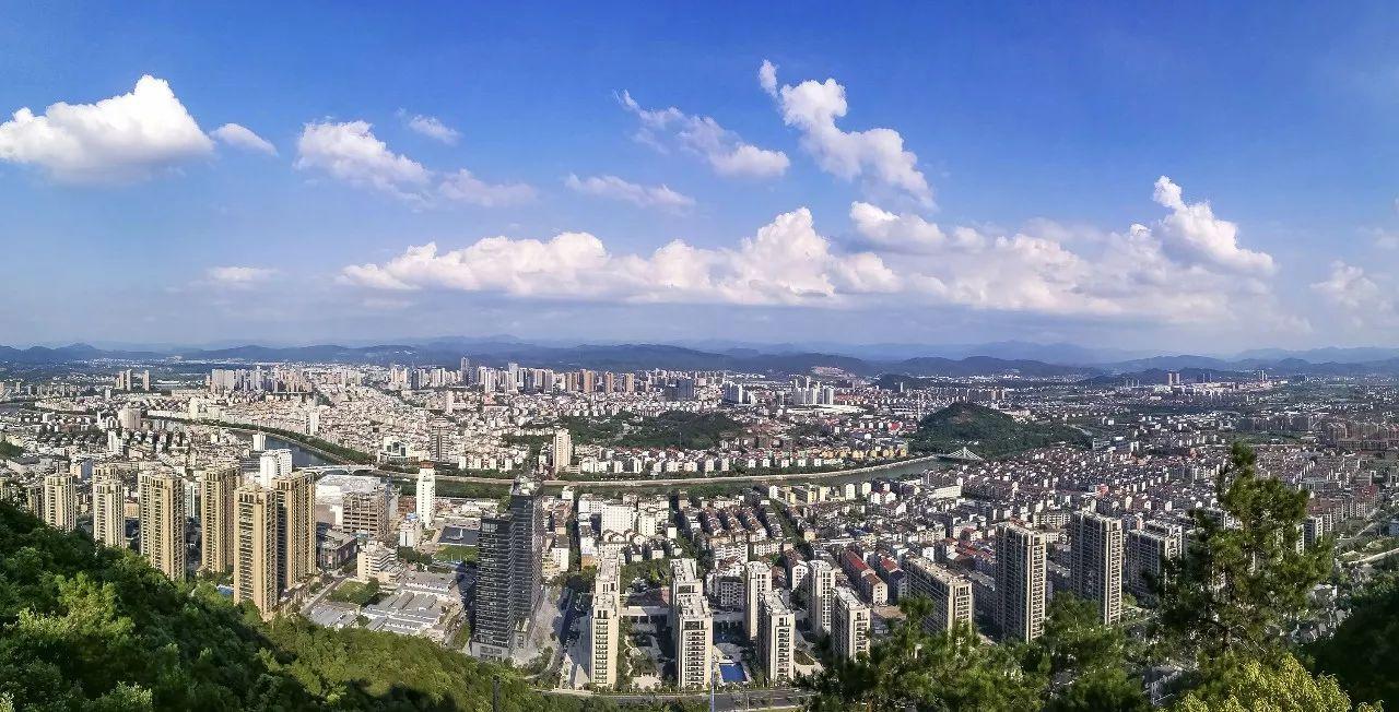 http://s3.sinaimg.cn/mw690/6c115dcagd943f5c75ce2&690_Zhuji-China-SkyscraperCity