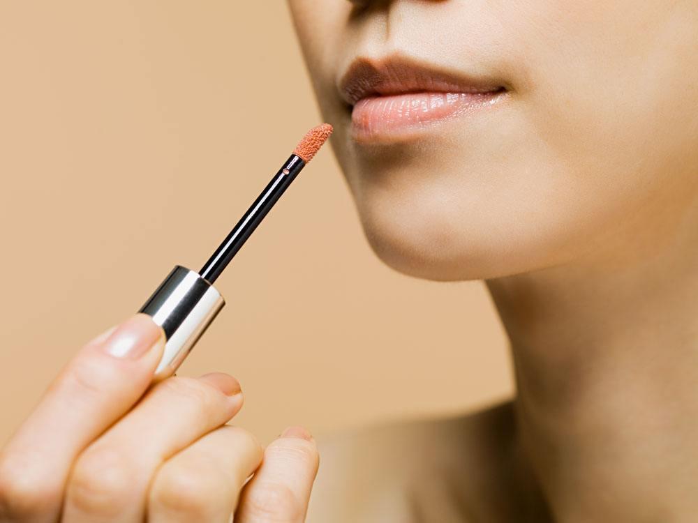 化最简单的妆_魅力莫减分 你的唇色选对了吗