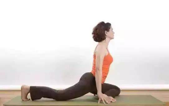 各个瑜伽体式的功效,让身材恢复如初图片