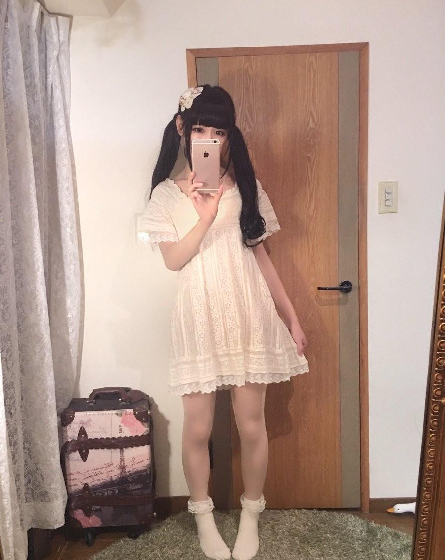 日本网友女装被好朋友发现