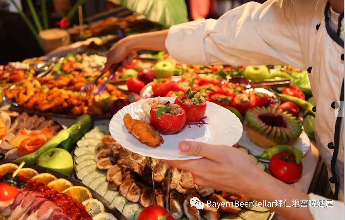 europefreeporn_foodfrom all over europe the fun starts at 18:30 with a free cup