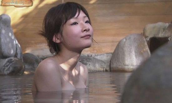 日本5个变态的风俗习惯 女儿要陪父亲泡澡