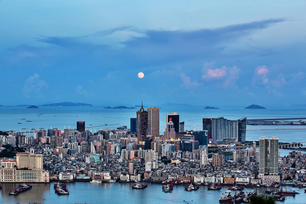 世界上50万人口的小城市多吗_人口普查