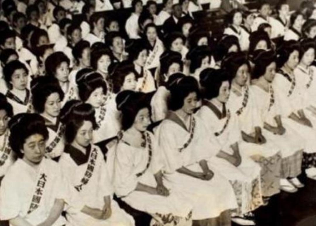 二战后,几十万日本女人被遗弃在中国因祸得福,回到日本的却狼入虎口