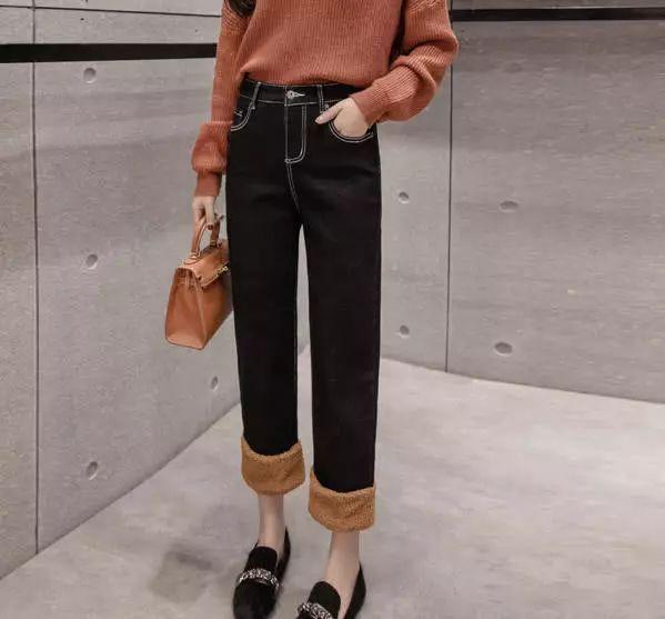 毛边 阔腿裤搭短款面包服,真的太漂亮了