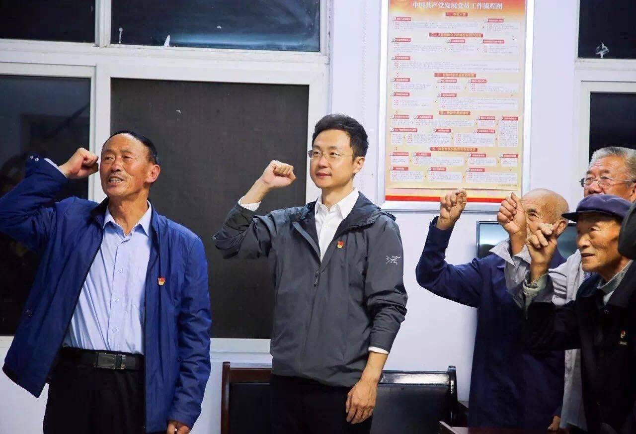 电视时政报道突围之路--《河南大学》2013年硕士论文
