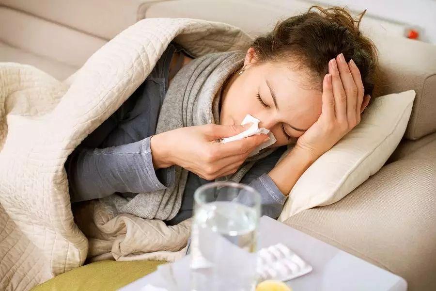 适合感冒咳嗽喝的汤_在英国感冒咳嗽该吃什么药?天冷了大家都照顾好自己啊