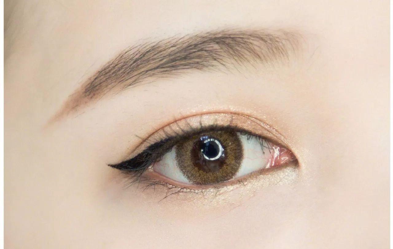 勺子画眼线 13个美容秘诀- 豆丁网