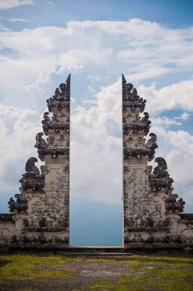 巴厘岛天空之门