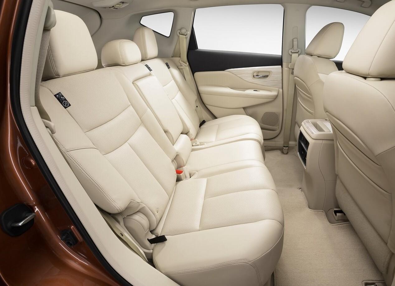 30万元左右落地不加价不排队,这两款中型SUV比汉兰达 冠道更优秀