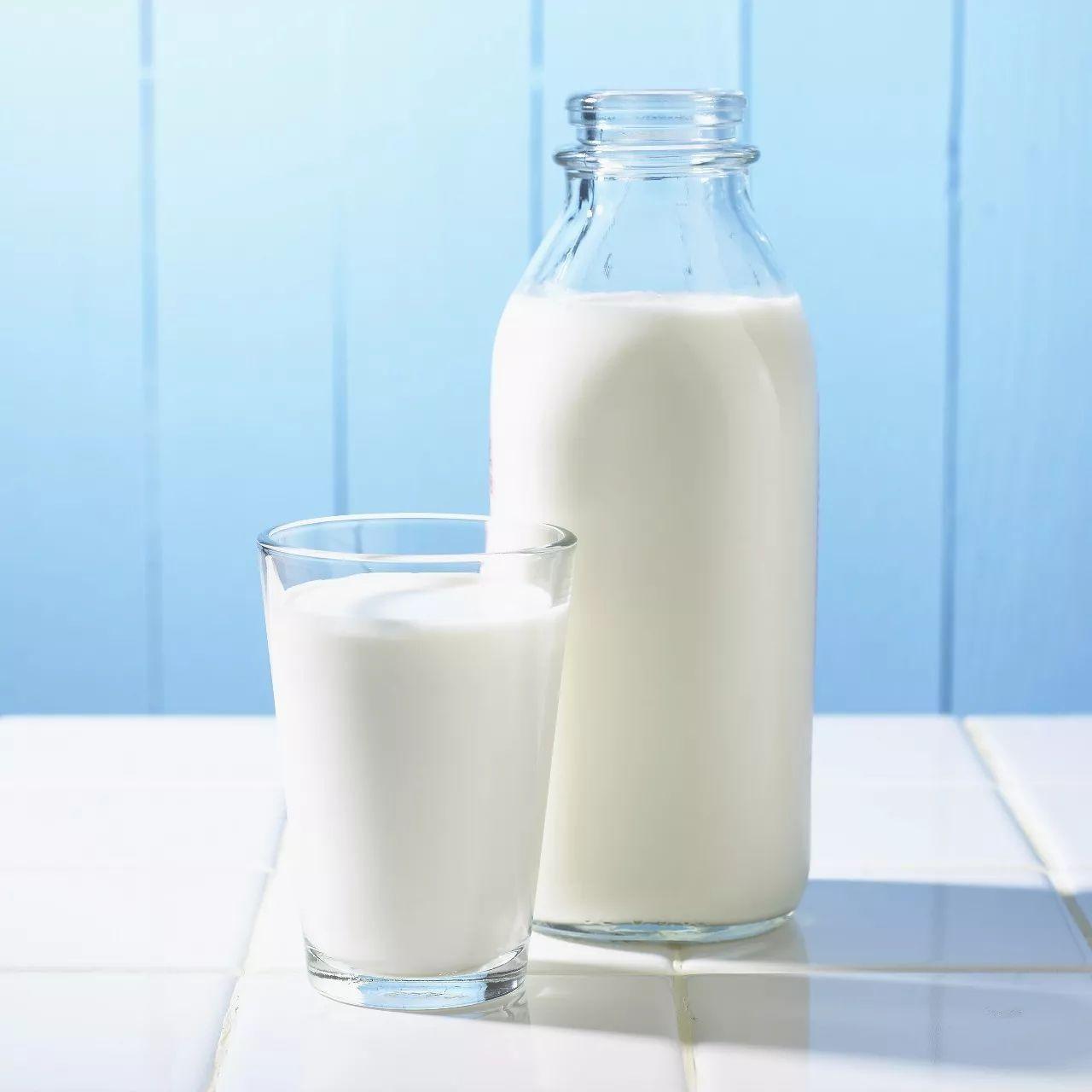 牛奶可以卸妆的原理_简单来说,这个卸妆巾的原理