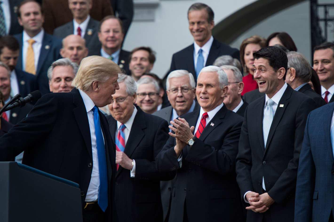 共和党税改赢了初一,赢得了十五吗