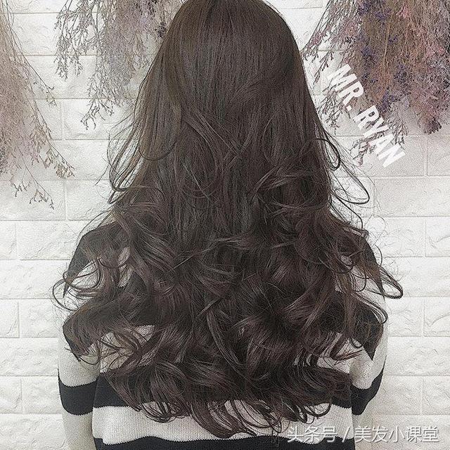 长发做这样的大波浪发型,最有女性美图片