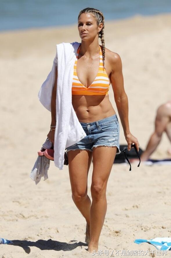 坎迪斯·华纳(Candice Warner)个人资料比基尼写真