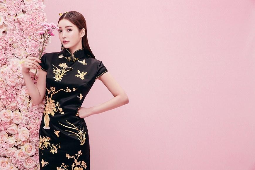 以上就是郑州婚纱摄影工作室精选的三点关于旗袍的小细节,希望对于图片