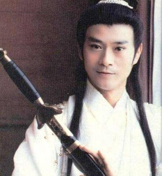 张智尧的花满楼和郑少秋的楚留香谁最帅,这可是当年吵爆娱乐圈的话题