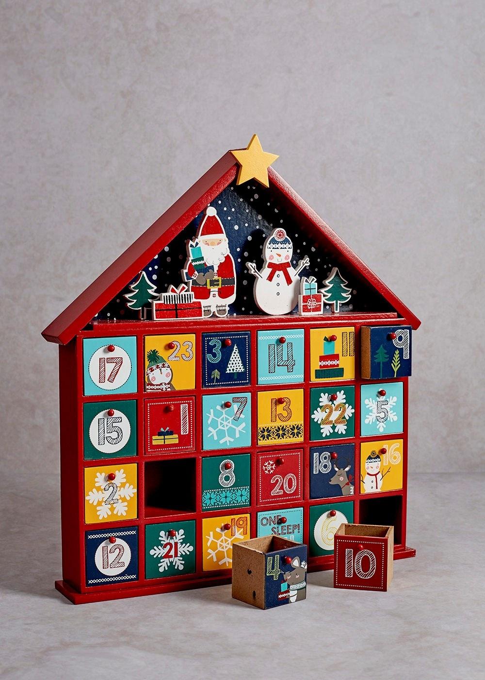 圣诞节的由来是什么?圣诞都有哪些传统活动?
