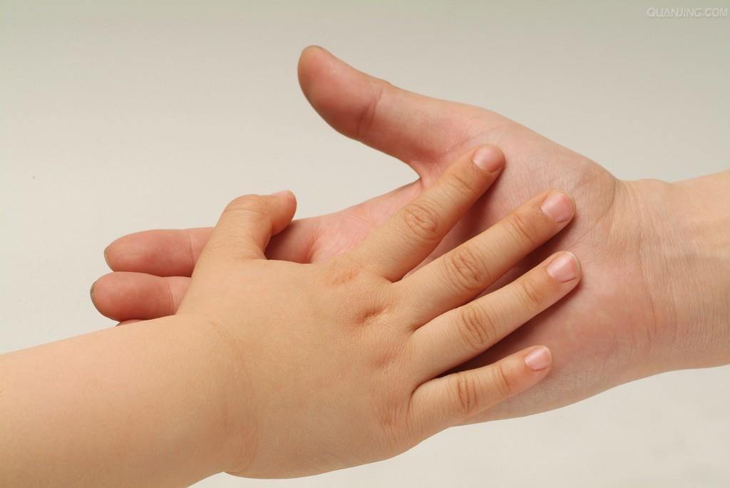宝宝手指甲图片