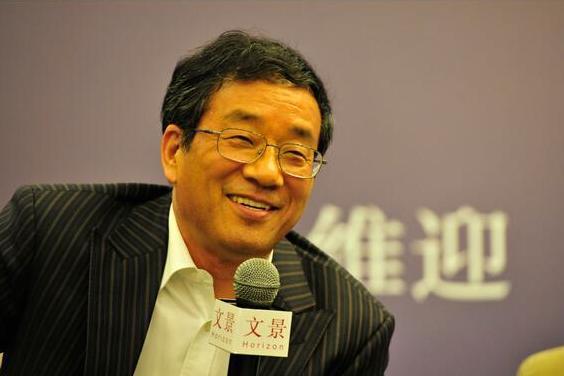 慧聪网的创始人兼总裁郭凡生,他的网站慧聪网的域名直接被张向东封掉