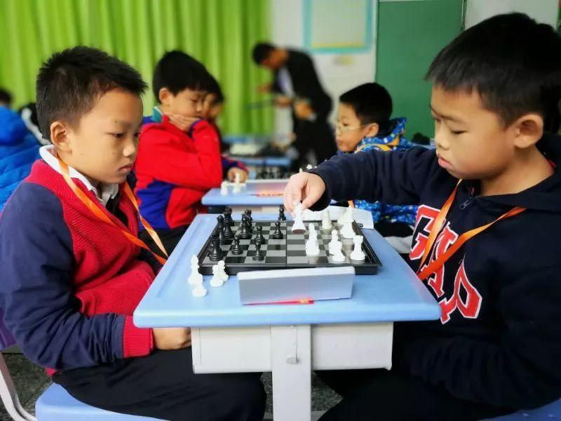 广东省青少年国际象棋冠军赛举行