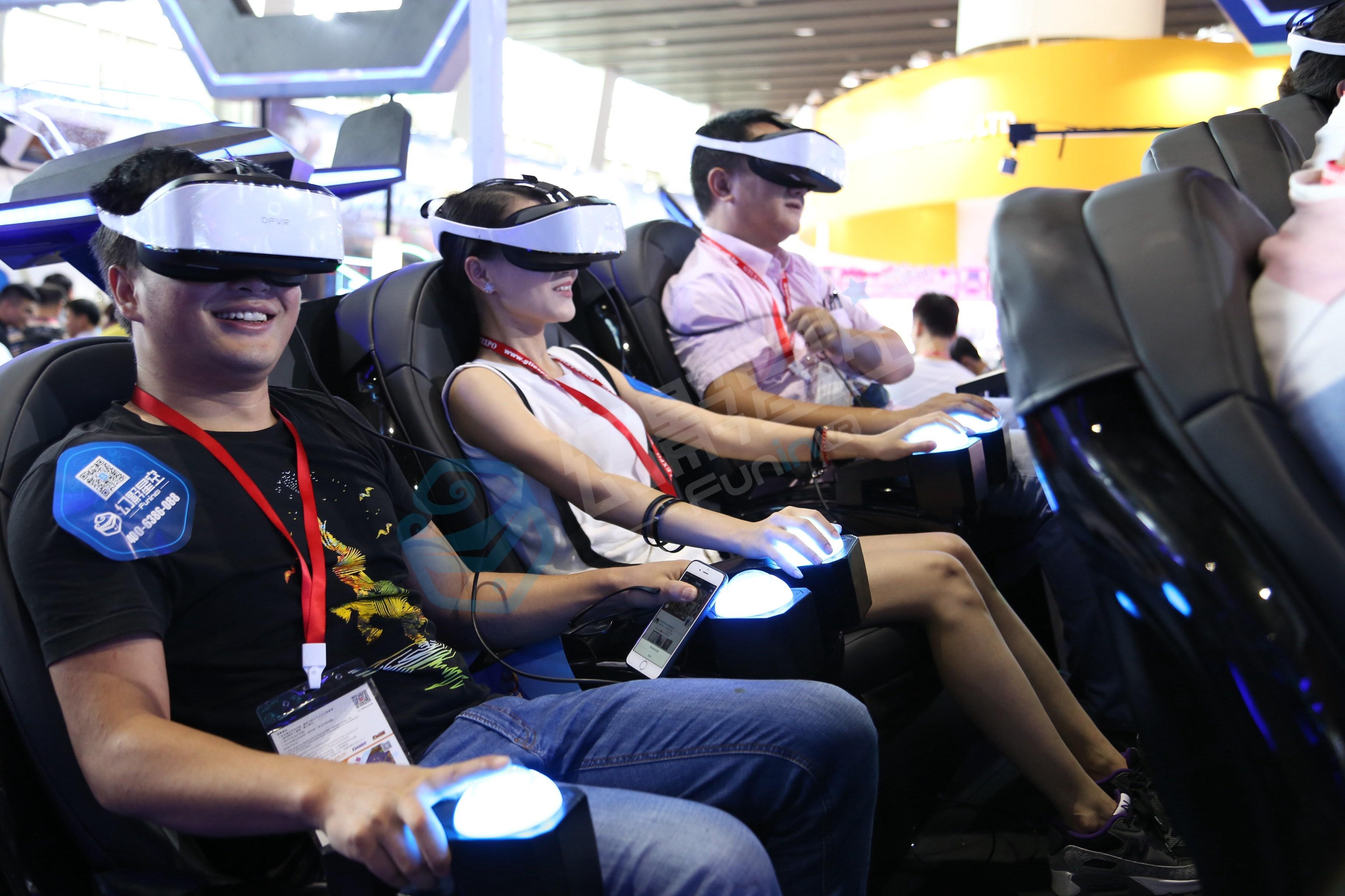 VR体验馆加盟店的利与弊 未来商店的模板?