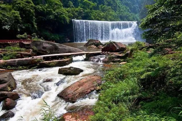 v瀑布瀑布赤水大瀑布,瀑布十丈洞又名,位于贵州省赤水市南部,神仙悬攻略道手游剑灵正文图片