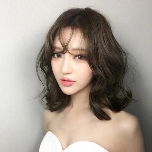 大卷短发烫发发型一图片