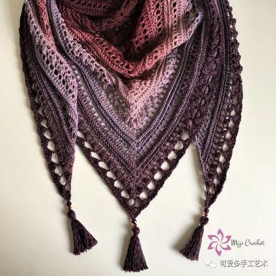 这样钩的三角围巾最迷人,忽冷忽热的天气都能让你美上天!(附教程)