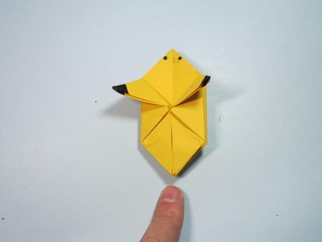 儿童手工折纸:皮卡丘的折法步骤图解