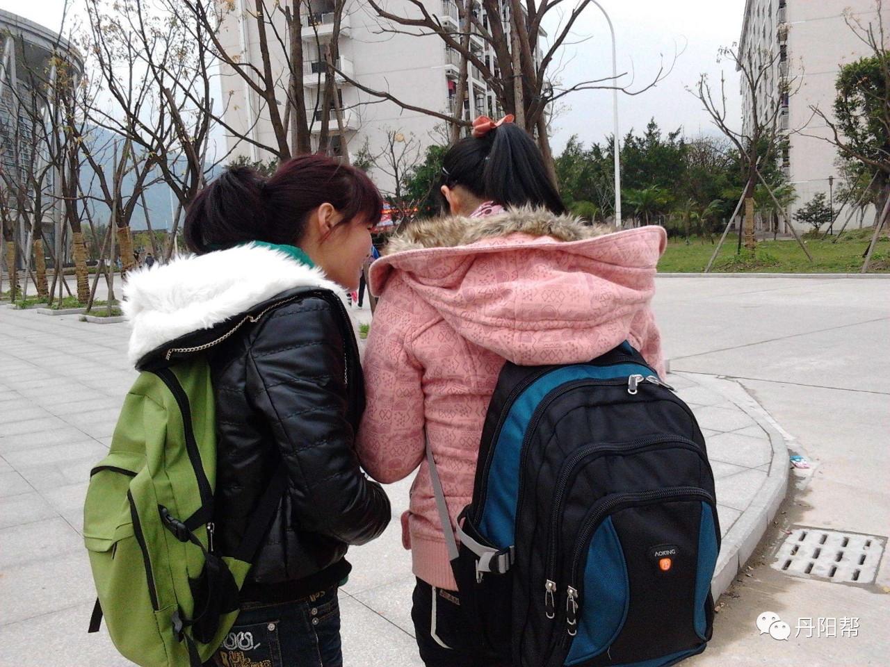 爸爸被人伤害致死妈妈病重 丹阳检察官们司法救助花季少女 圆了大学梦!